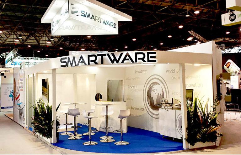 Stand Smartware face